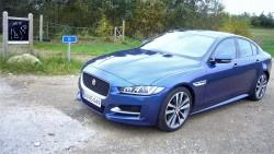 Jaguar driller de tyske konkurrenter på et meget ømt punkt, - garanti og værkstedspriser.