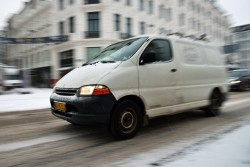 Dækbranchen har igen været på gaden for at tælle vinterdæk på danske varebiler. Sidste optælling blev foretaget i 2011, og tallene fra 2016 er identiske. Viljen til at sætte vinterdæk på firmaets kassevogn er uændret.