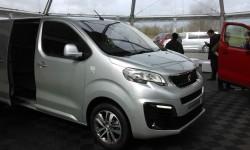 Modsat har Peugeot et frontparti, som man ikke glemmer sådan lige med det samme.