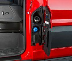 Det var ventet, at Ford ville benytte AdBlue i den nye Euro 6 Transit, men det var uventet, at man ville gå ned på kubik.