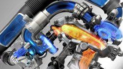 Her er princippet i Renaults dobbeltturbo. To turboladere sat direkte efter hinanden, og for at styre herlighederne, er der tilsat små ventiler og spjæld, som skal optimere trykladningens vej til cylinderen. To turboladere giver ekstra høj arbejdstemperatur.