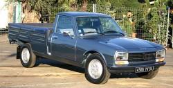 Peugeot har tidligere haft succes med pick-up udgaver af kendte modeller. Her en 504 pick-up.