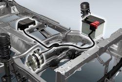 Mild Hybrid består af en ekstra motor og et ekstra batteri. Den ekstra motor fungere også som startmotor, der giver silkeblød start ved de hyppige start-stop øvelser.