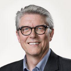 SF's Karsten Hønge siger klart nej til flere overflødige motorveje og et lige så klart ja til meget mere futtog. Foto. S. Brogaard