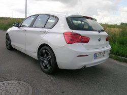 Nye udgaver af BMW 1-Serie kan bedst kendes på de større baglygter, som stille og roligt er vokset med årene.