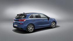 Alle nye 5-dørs biler skal tilsyneladende have et knæk på klappen. Også den nye Hyundai i30.