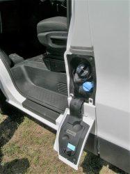 Første møde med Fiat Talento midt i juni 216. Lille blåt dæksen til påfyldning af AdBlue, bilen er en Euro6.