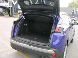 Peugeot 30-08 har mange lækre detaljer, men masser af bagageplads er ikke en af de helt store fordele.