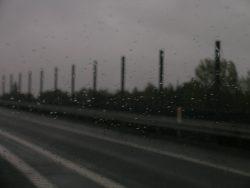 De mange millioner til ny støjskærm skal holde motorvejsstøjen væk fra ..... et grønt område og en ny banelinie.